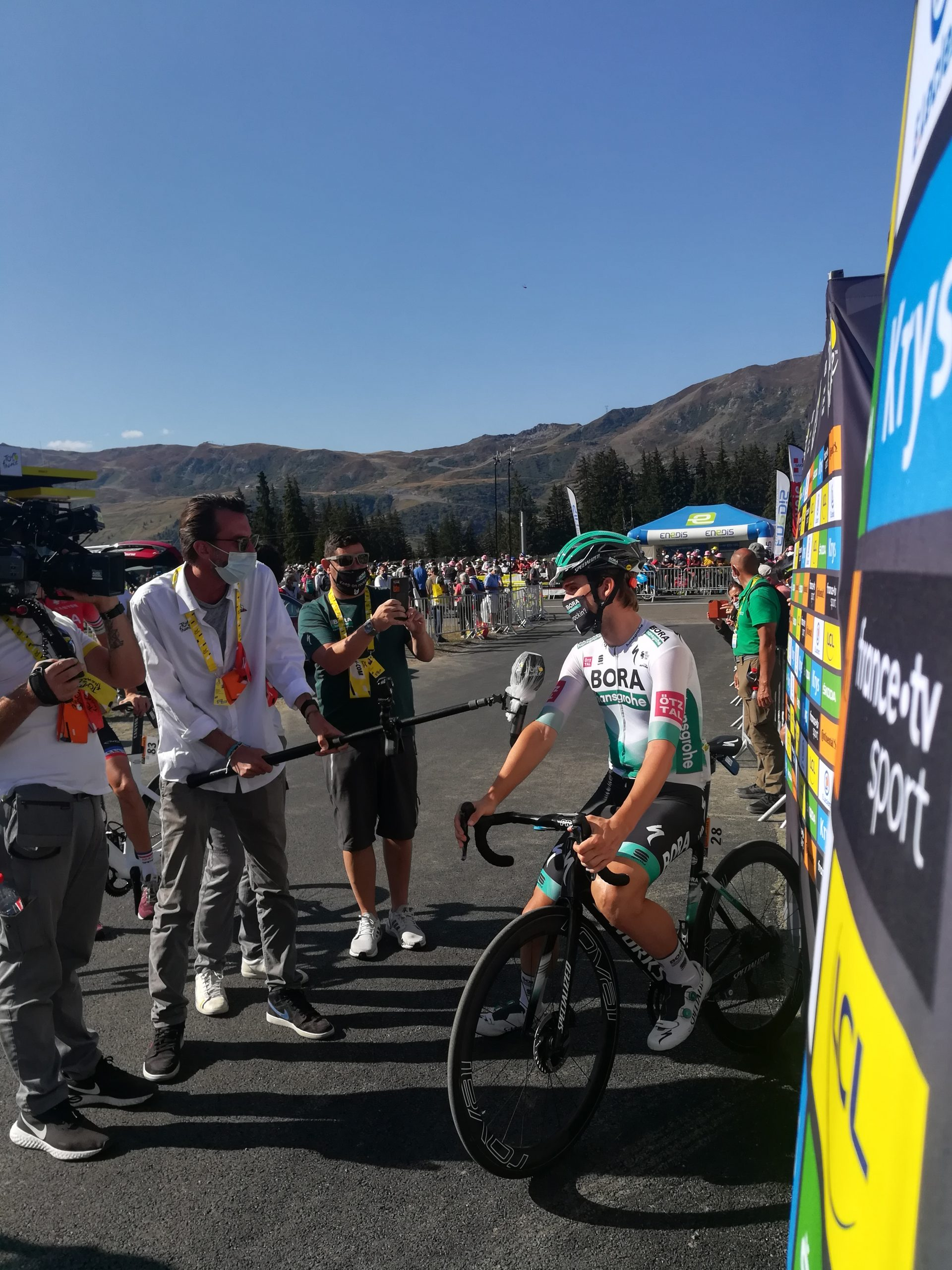 Front row seats for the Depart of stage 18 TdF 2020